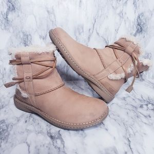Esther Ugg Boots- Size 8, Tan